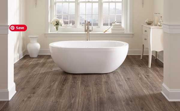 Sàn nhựa giả gỗ lót nhà tắm thân thiện với môi trường.